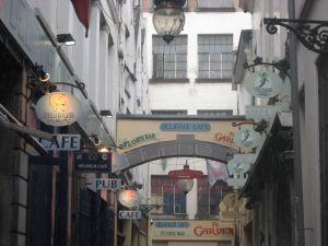 Best Bars in Brussels, Belgium: Delirium Cafe and Floris Bar