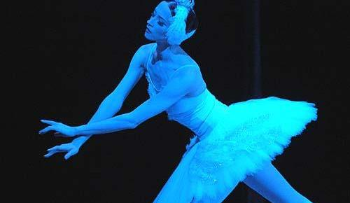 3/4/15 O&A Happy Birthday Swan Lake! : Excerpts from Bolshoi Ballet