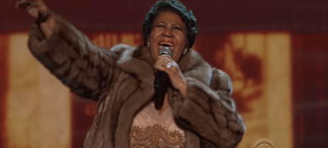 12/30/15 DIVA ALERT! Aretha Franklin (You Make Me Feel Like) A Natural Woman – Kennedy Center Honors 2015