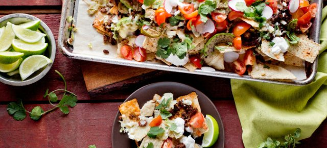 2/5/16 O&A NYC FOOD FOR YOUR SUPER BOWL PARTY: Super Bowl Loaded Nachos