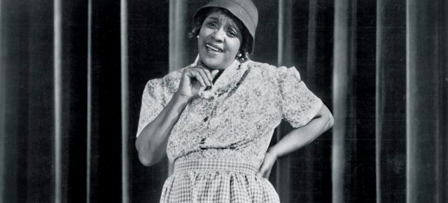 2/4/16 O&A NYC THROWBACK THURSDAY: Moms Mabley (comedian) 1948