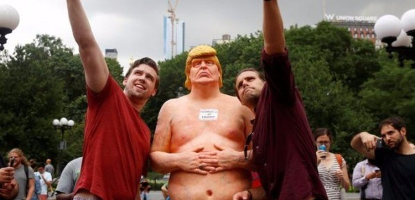 8/22/16 O&A NYC WITH WaleStylez ART: Naked Donald Trump Statue Strips Down Nationwide