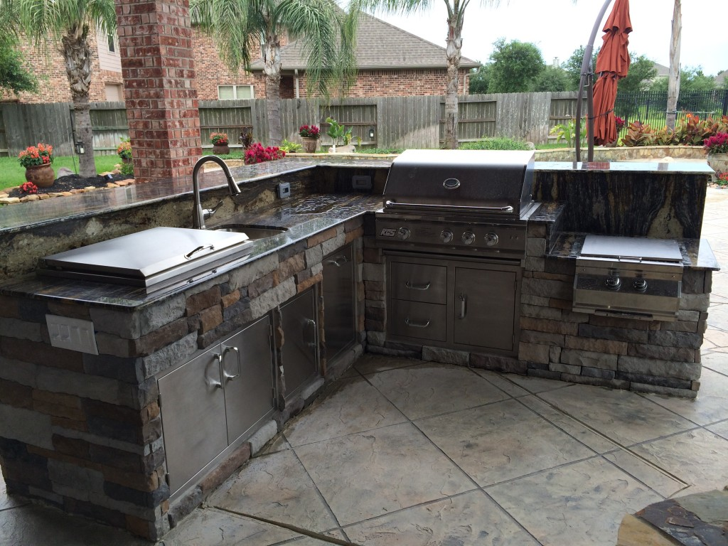 Patio Kitchen Islands Outdoor Kitchens Homescapes Of Houston