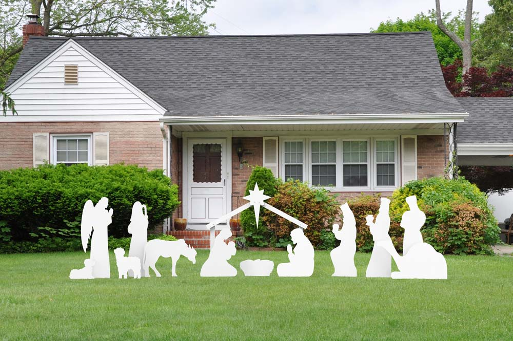 Choosing the Right Outdoor Christmas Decorations - Outdoor Nativity