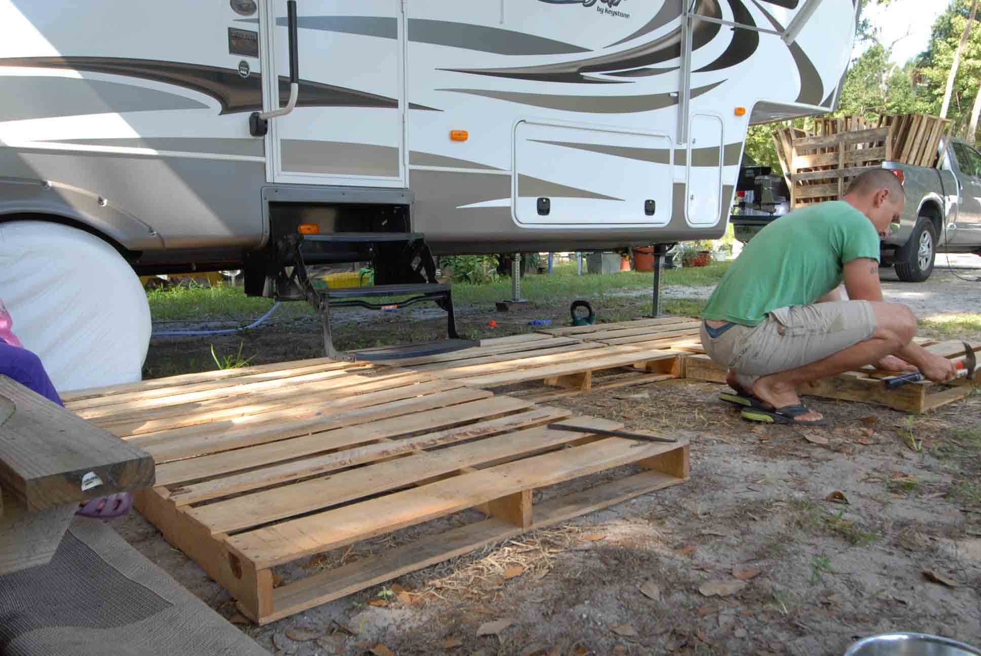 Portable Deck How To Build A Portable Deck For Rv Outdoorscart