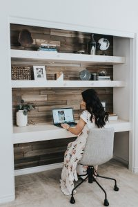 Contemporary Office Ideas | DIY Closet Office | Outfits ...