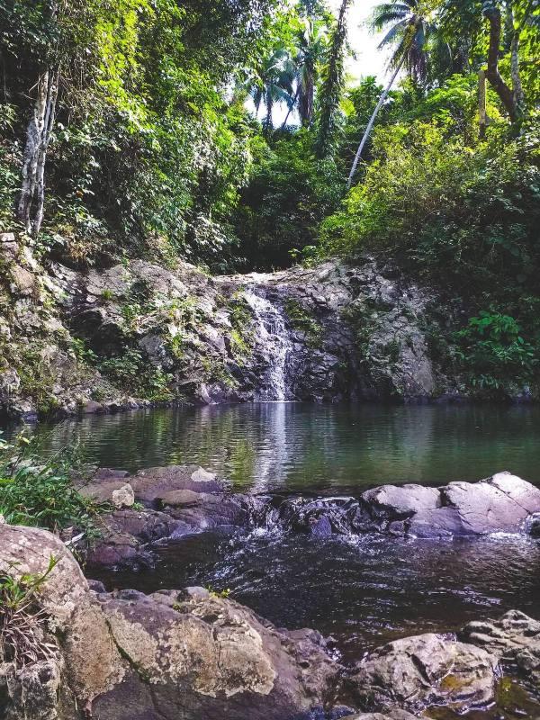 Водопад Кава-Кава в Ста Круз Мариндуке фото Анджело Нила Салуда через FB