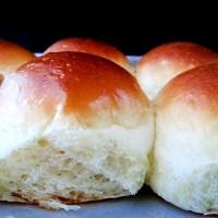 classic soft dinner rolls