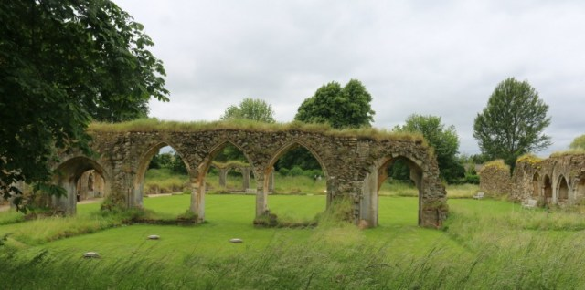 Wandering around the ruins of Hailes Abbey