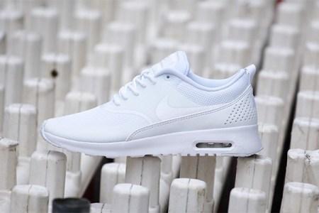 afew-store-sneaker-nike-wmns-air-max-thea-white-white-17