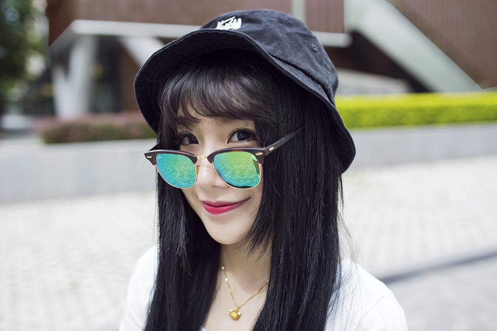 姓名:糖糖  职业:平面模特  拍摄地:三里屯  摄影师:鼎鼎 帽子