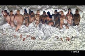 肯爺越玩越大?新曲《Famous》MV 中竟見 Taylor Swift 全裸!?