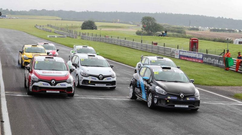 clio cup junior race