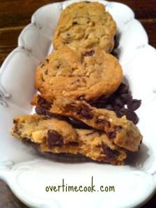 peanut-butter-choc-chip-cookies