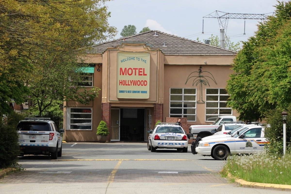 Hollywood Motel Video Police Investigate Serious Assault At Motel Hollywood In