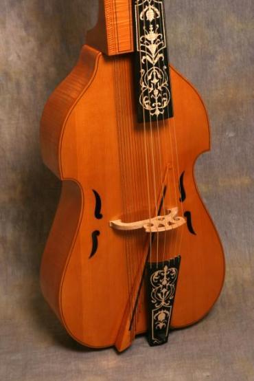 Baroque Baryton body
