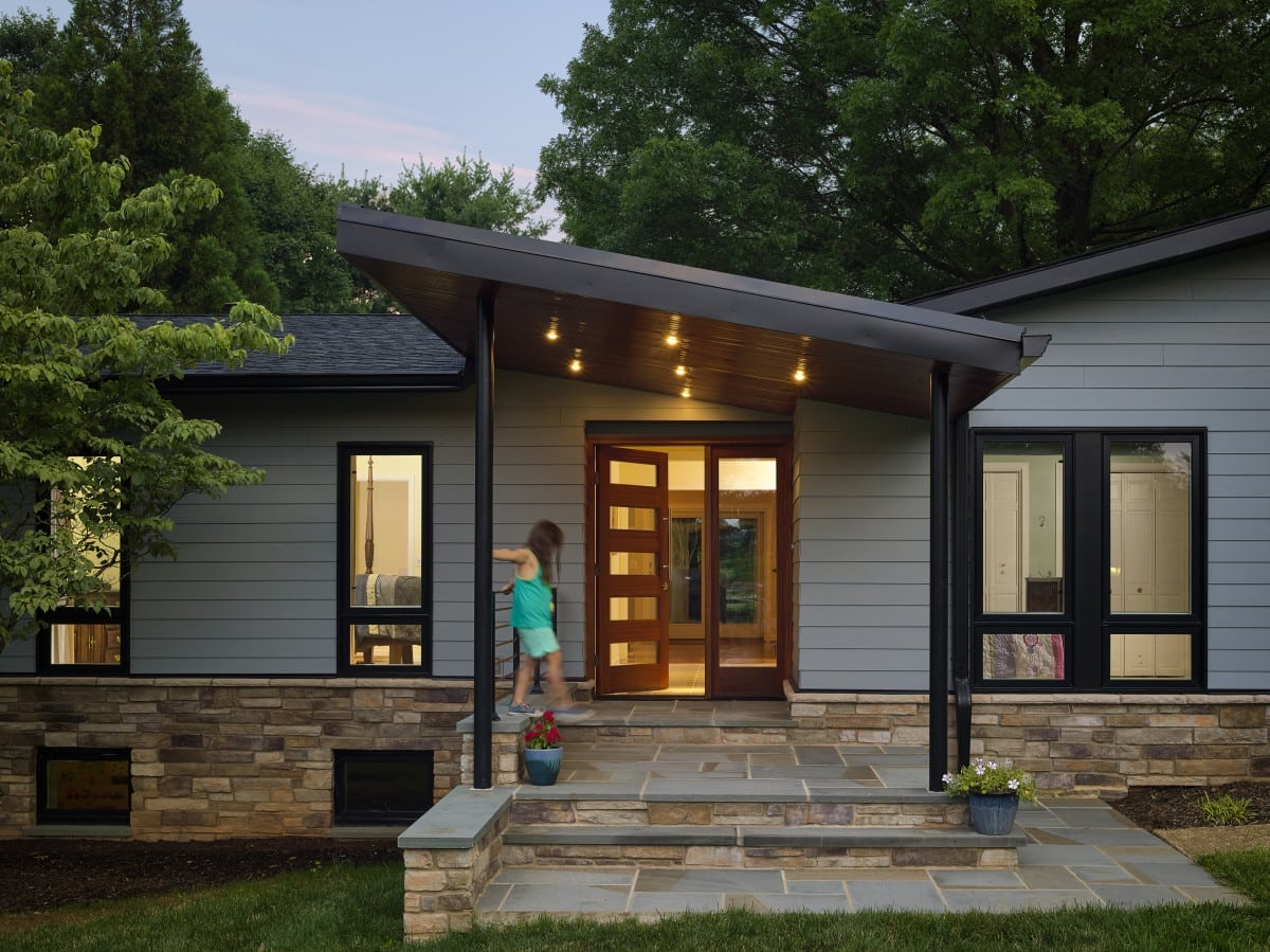 Model Dak Teras Rumah Lutherville Unique Front Entry - Owings Brothers Contracting