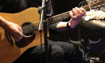 Live music at Oxton Bar & Kitchen