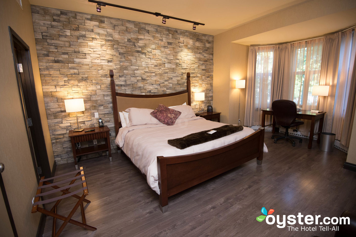 Schlafzimmer Set Bellevue Hotel Chateau Bellevue - Inspirations Spa At The Hotel Chateau Bellevue | Oyster.com Hotel Photos