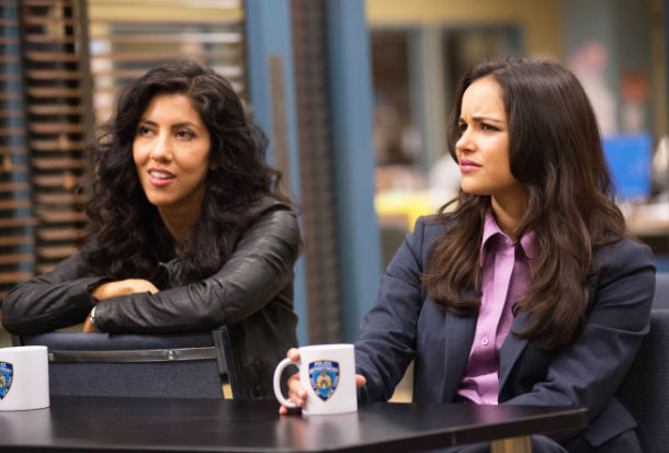 Gossip Girl Season 5 Wallpaper Brooklyn Nine Nine Melissa Fumero Stephanie Beatriz And