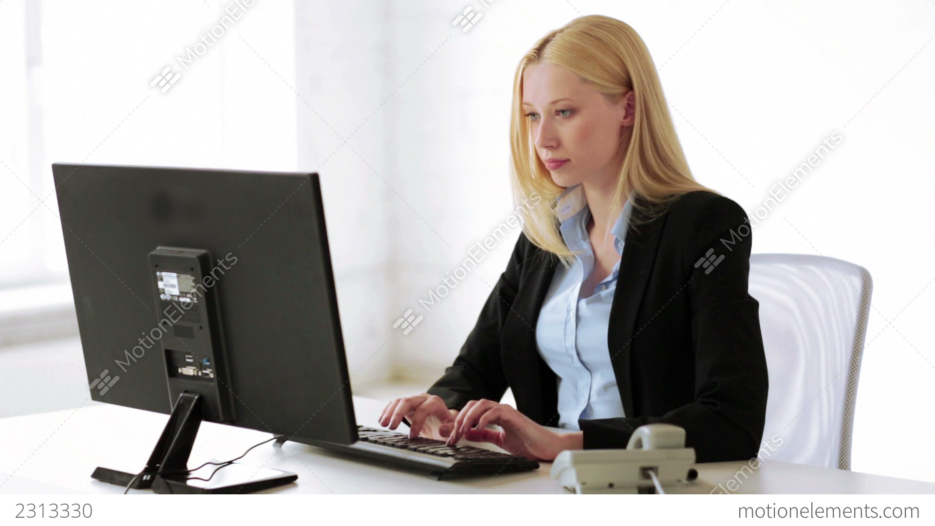 Girl Studying Wallpaper Attractive Office Worker Taking Phone Call Stock Video