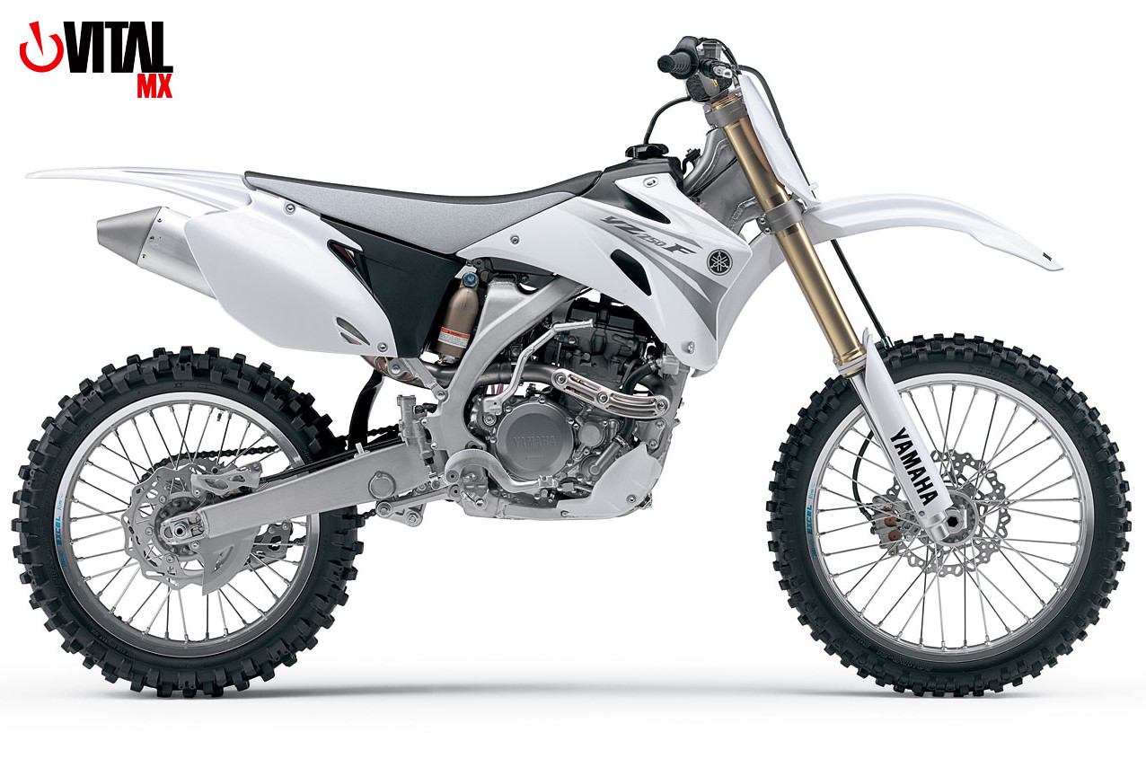 2016-Yamaha-YZ250F-static14 Yamaha 250F