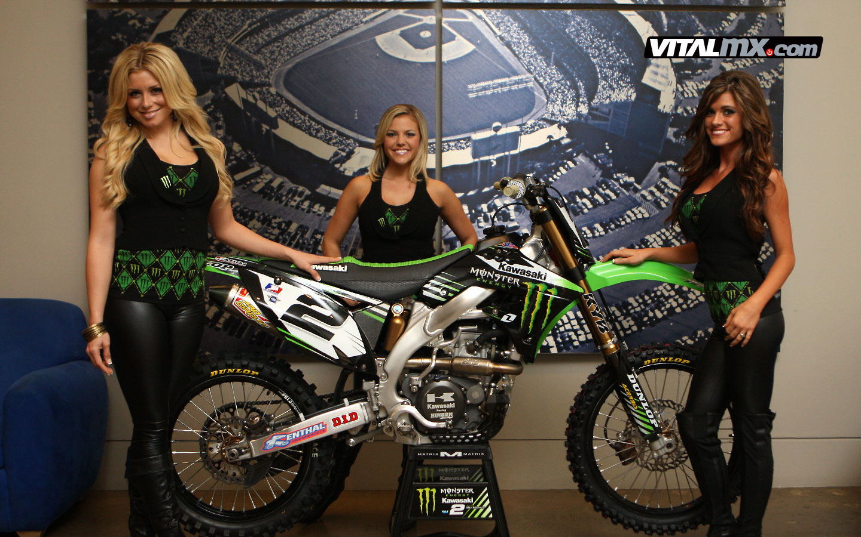 New Girl Wallpaper 2013 Monster Girls Dodger Stadium The Big Picture Motocross
