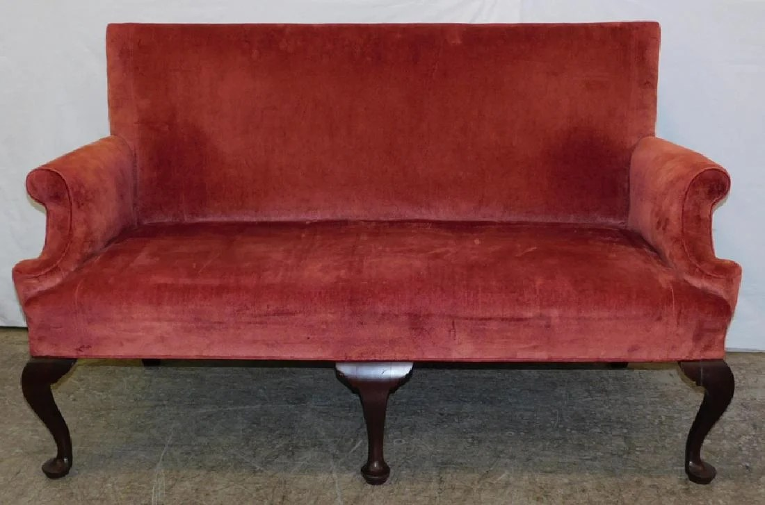 Sofa Queen Anne 19th C Queen Anne Settee 64
