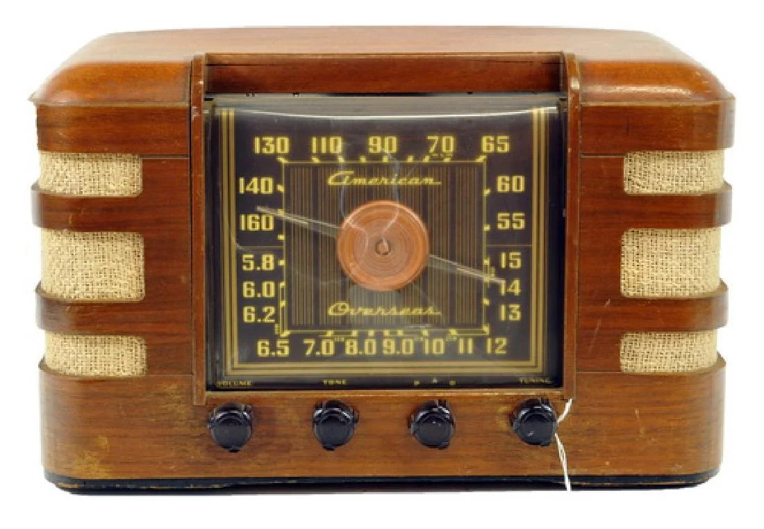 Crosley Radio Antique Crosley Radio On Liveauctioneers