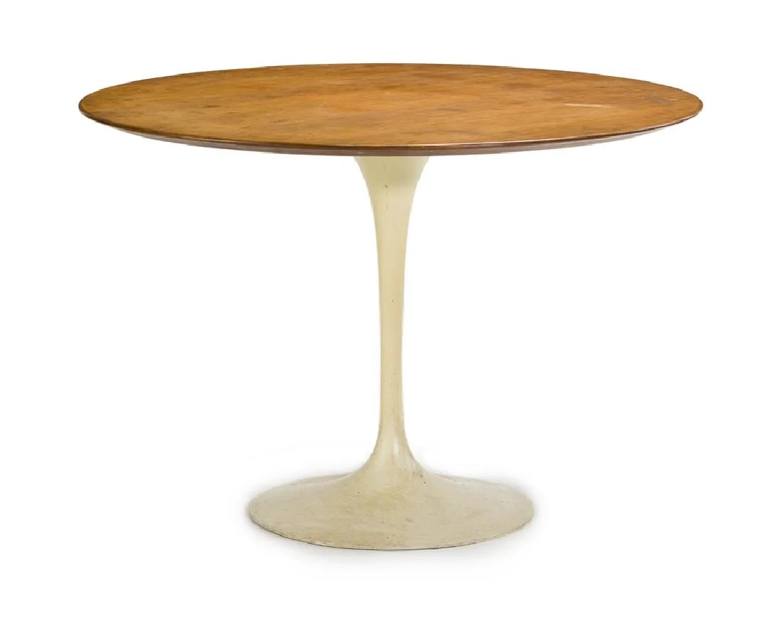 Knoll Table An Eero Saarinen For Knoll Tulip Dining Table On Liveauctioneers