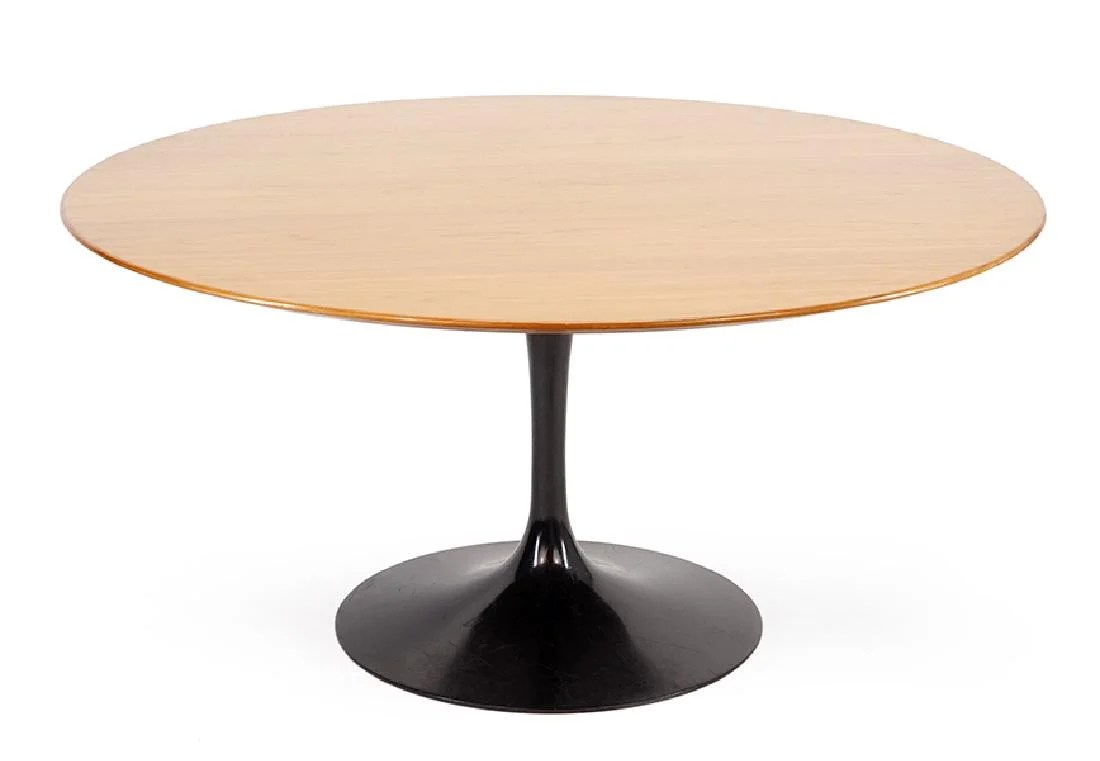 Knoll Table An Eero Saarinen For Knoll Tulip Table On Liveauctioneers
