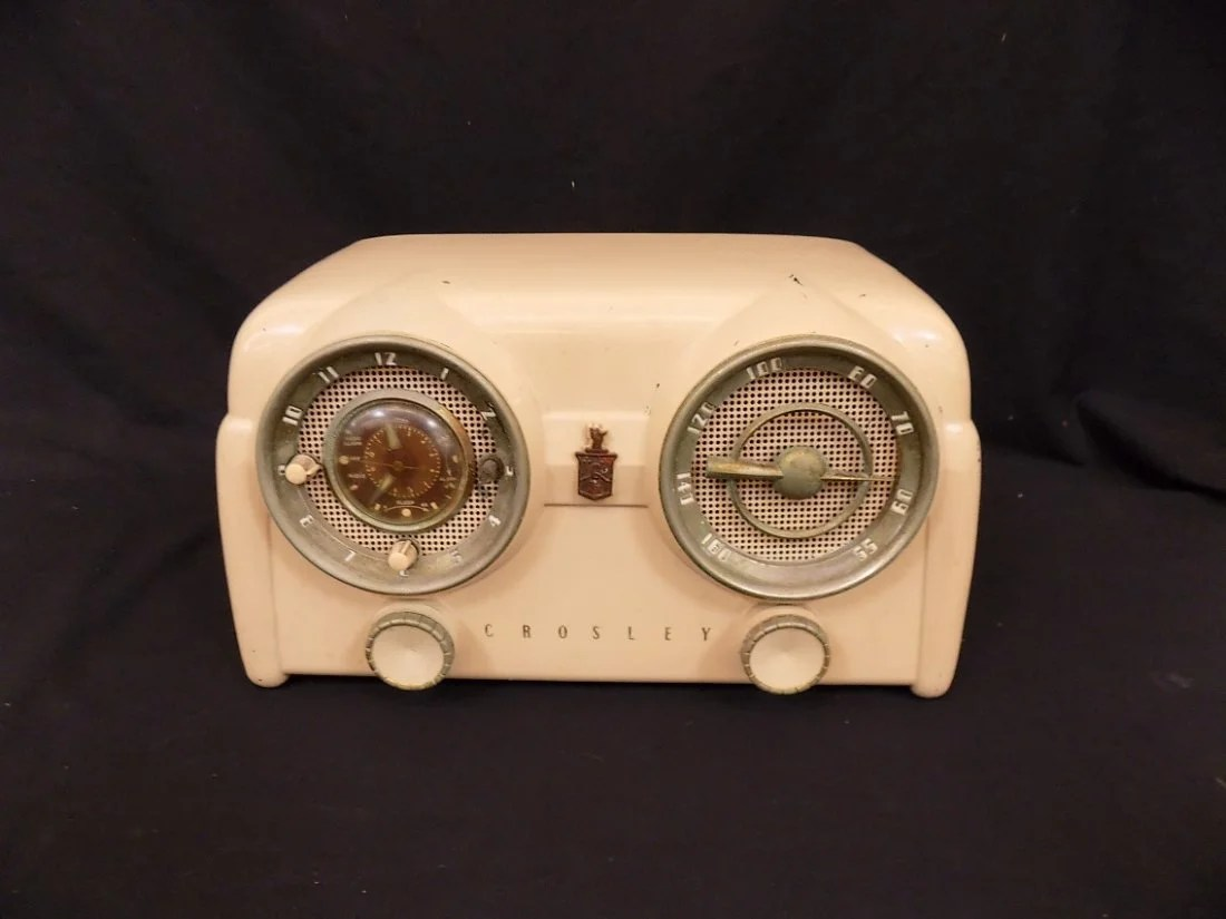 Crosley Radio 1950s Art Deco Crosley D25 Tn Ivory Dashboard Radio On Liveauctioneers