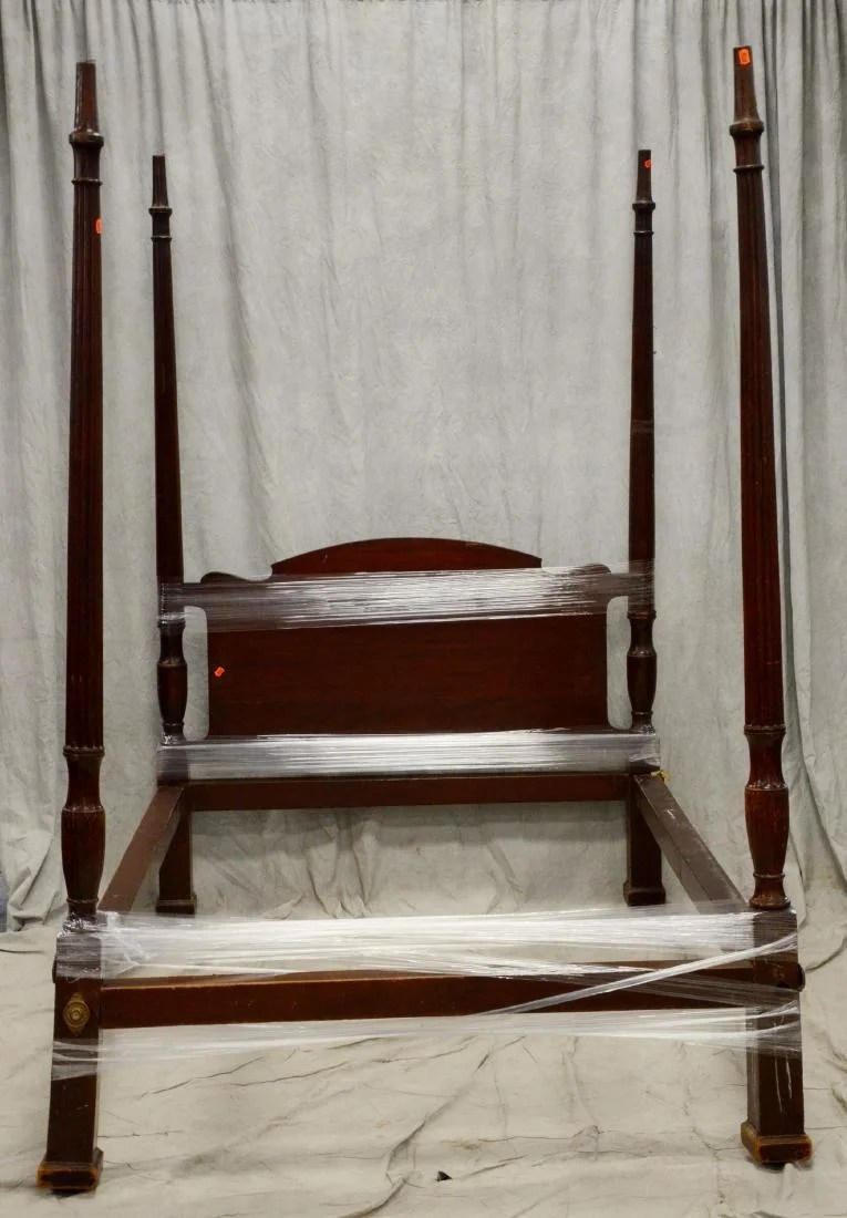 4post Bed Mahogany 4 Post Bed Lacking Bolts On Liveauctioneers