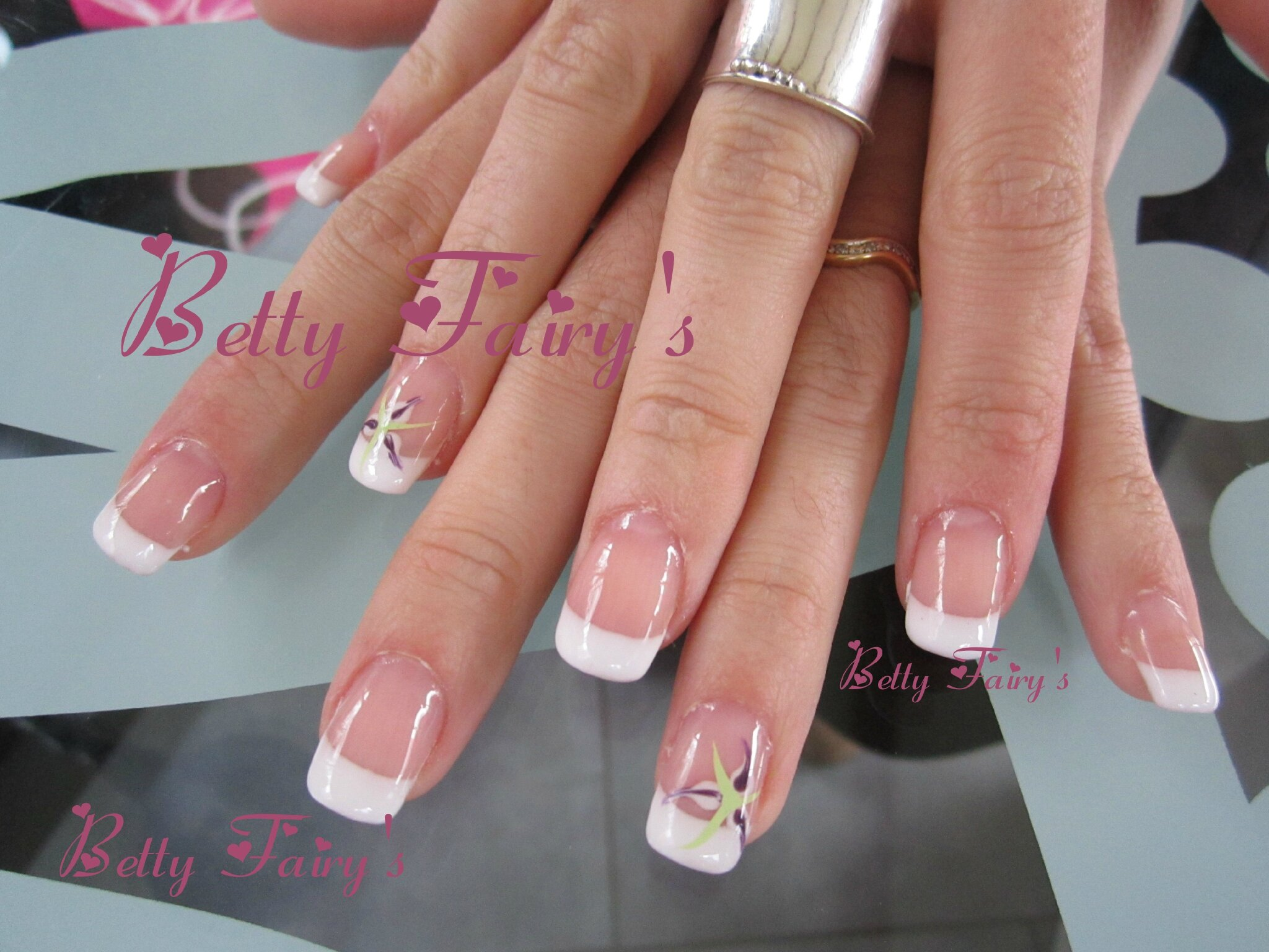 Ongle Gel French Blanche Ongle En Gel French Blanche Sur