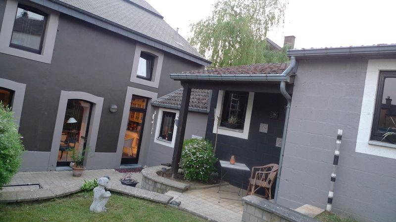 Gris foncé sur gris clair Extérieurs maison Pinterest Facades