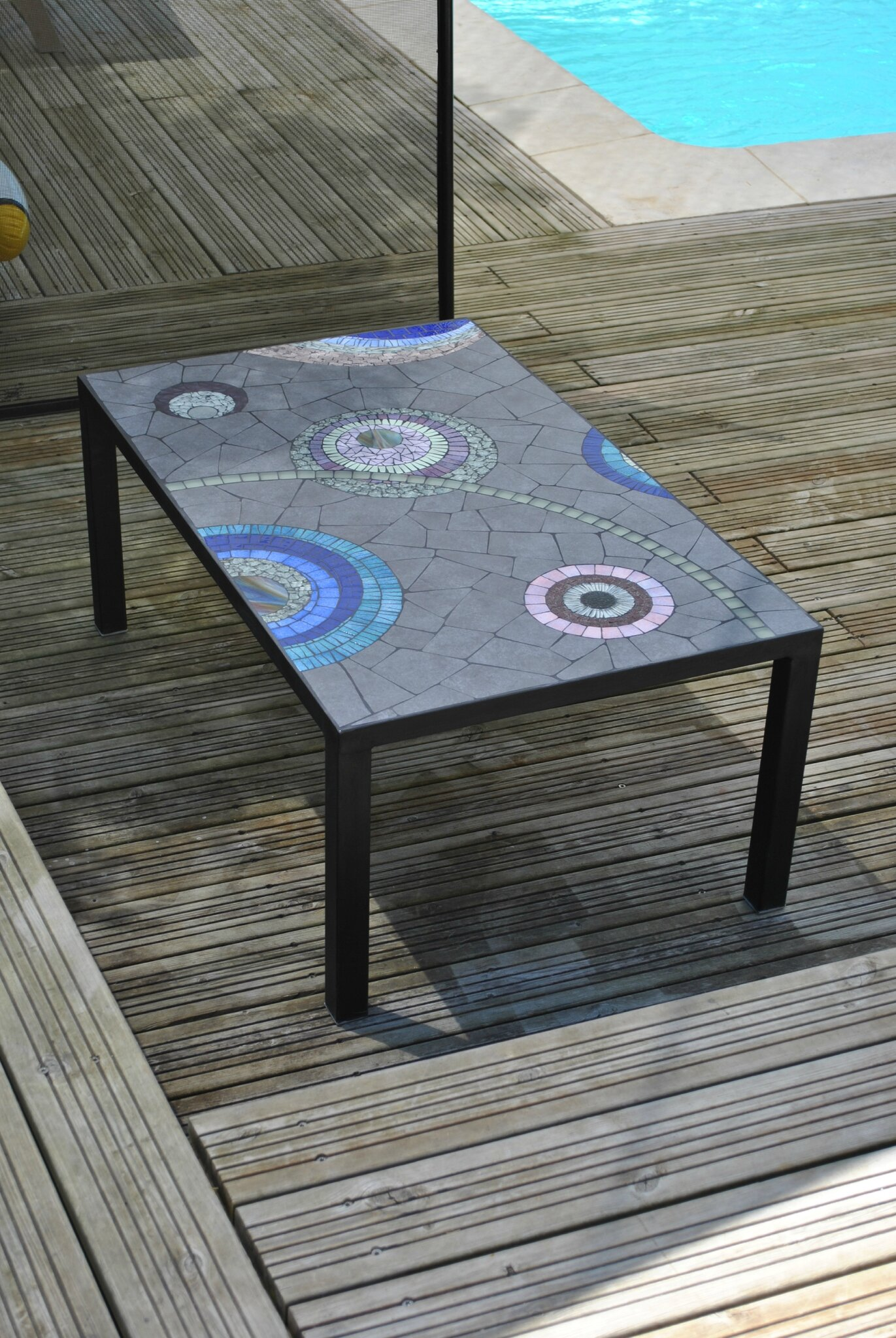 Table Exterieur Mosaique Table Basse D Extérieur Creation Decoration Mosaique