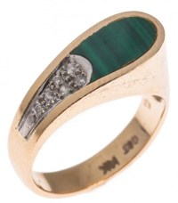 14K YELLOW GOLD MALACHITE & DIAMOND RING : Lot 49523