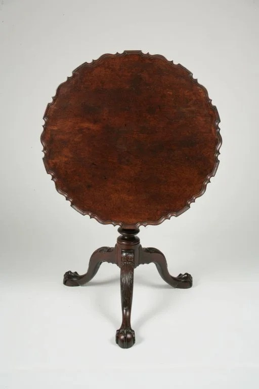 61: Chippendale Mahogany Tilt-Top Piecrust Tea Table