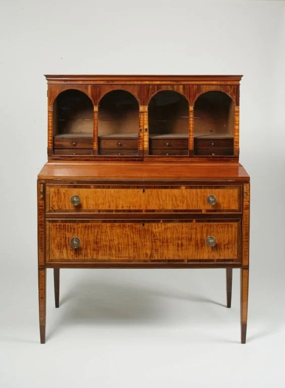 87: Federal Veneered and Inlaid Mahogany and Maple Desk