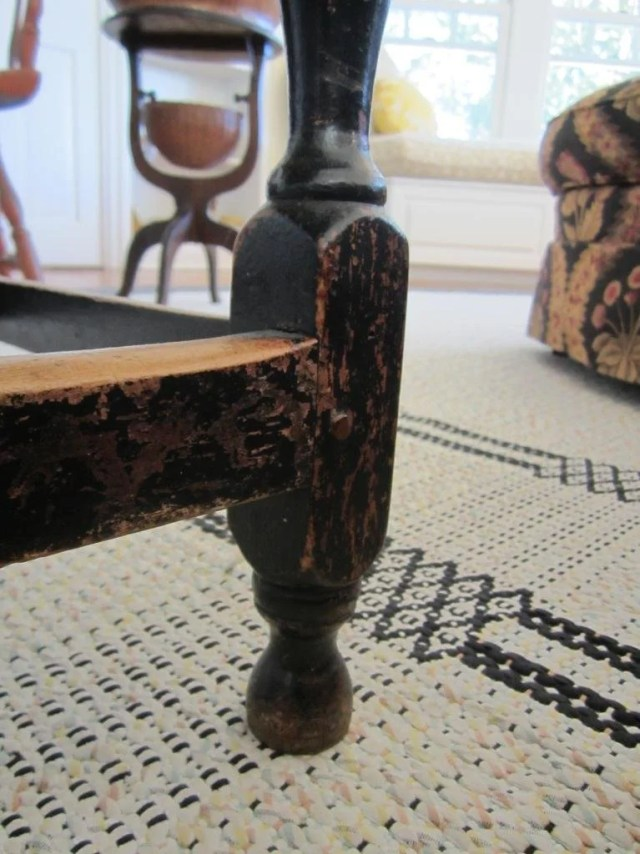 141: William and Mary Black-Green Painted Tavern Table