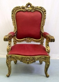 1010: A Large Spanish Throne Chair : Lot 1010