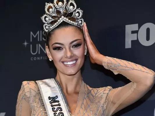 Conheça a Miss Universo 2017! Demi-Leigh Nel-Peters tem programa de auto-defesa, é apaixonada por carros, trilhas e costelinha de porco