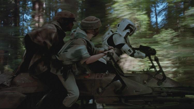I vill fart gjennom skogen i Star Wars episode VI: Jediridderen vender tilbake (Foto: Lucasfilm).