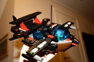 Andreas sitt Lego-skip, S/S Kråka. BRRRRRRRRM! SVOOOOOSJ! WOOOW! (Foto: Andreas)