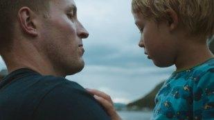 Martin (Ole Giæver) og Karsten (Sivert Giæver Solem) i Mot naturen (Foto: Mer Film).