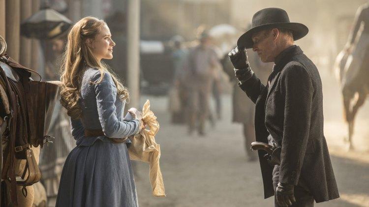 Hatten av til HBO for en meget engasjerende serie som fungerer både som avkobling og tilkobling. (Foto: HBO Nordic)