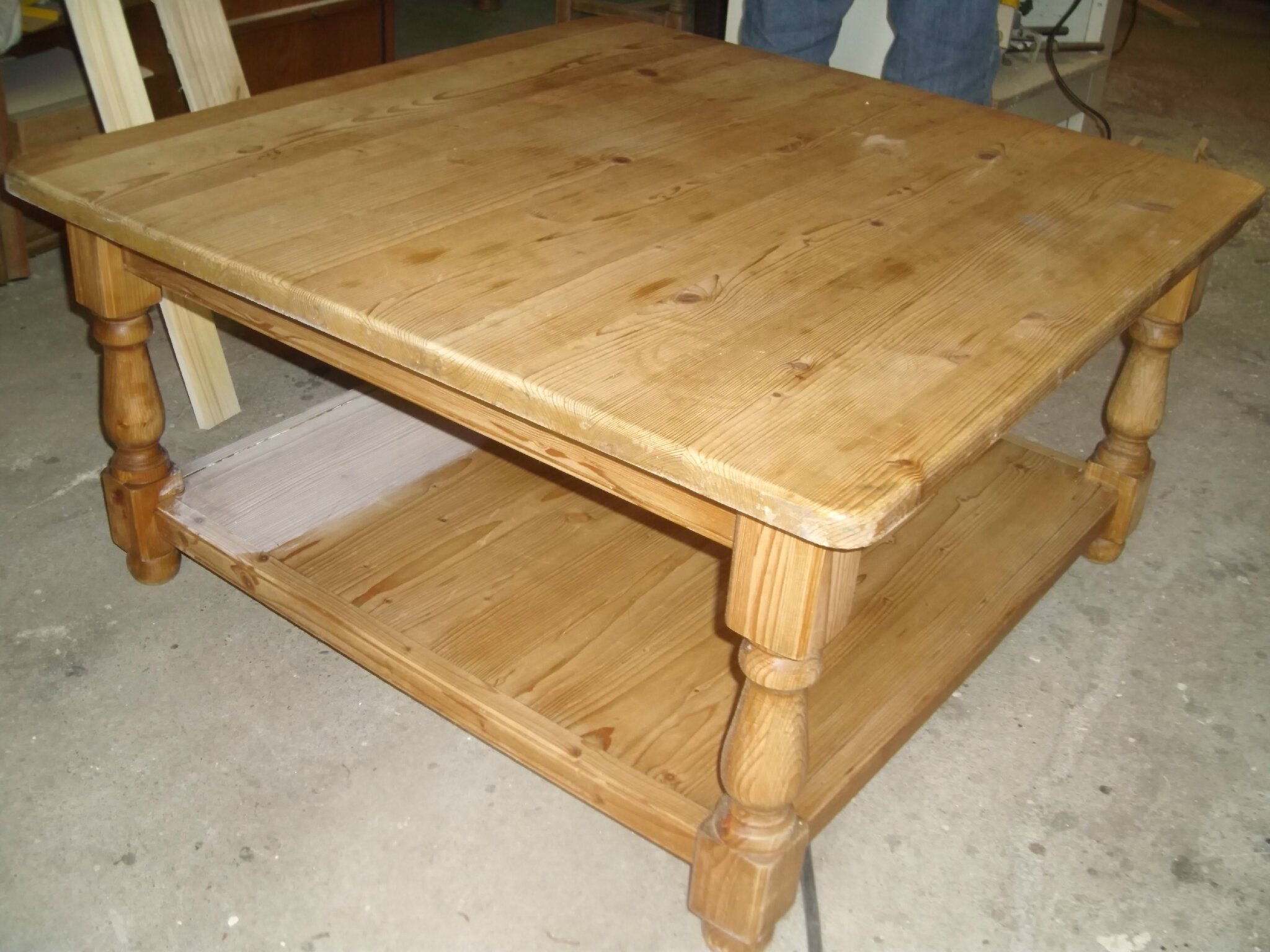Retaper Une Table Basse Retaper Table Basse Perfect Table Basse Carrele Articles
