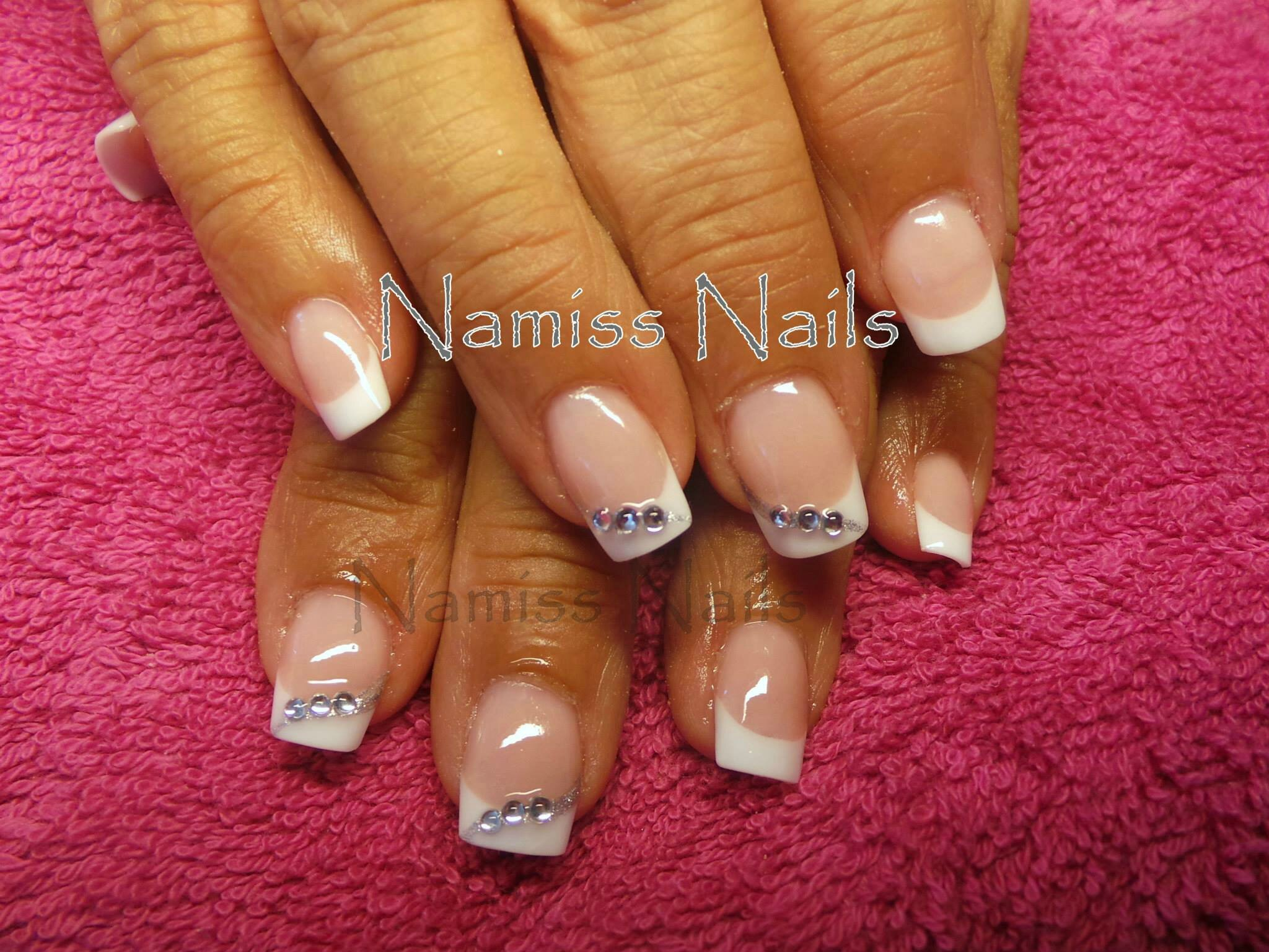 Decoration Ongle Nail Art French + Déco Liner Strass - Vos Ongles Ma Passion