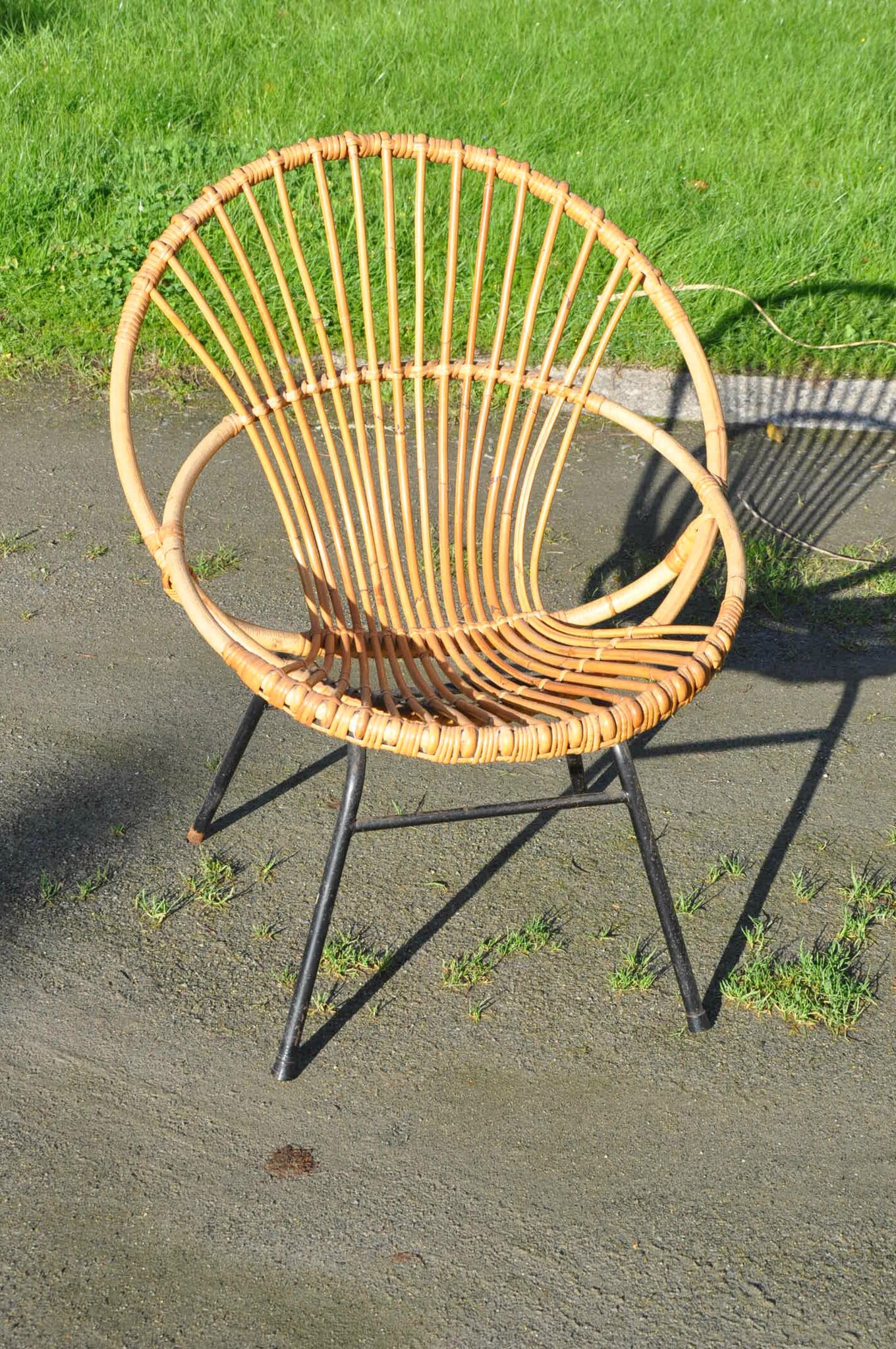 Fauteuils Coquille Fauteuil Coquille En Rotin Annees 50 Article Vendu