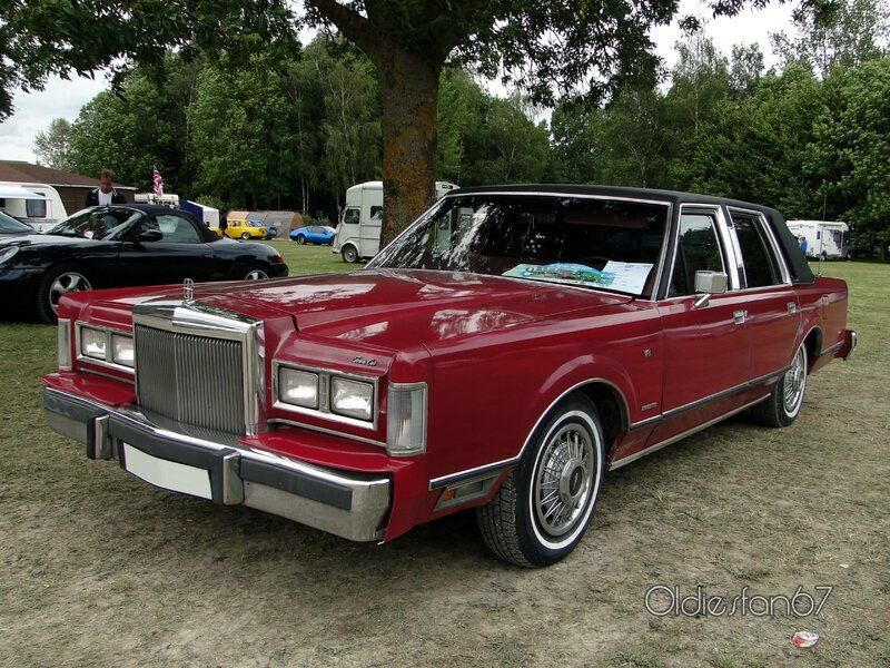 Toyota Land Cruiser Hd Wallpaper Lincoln Town Car 1st Generation 1983 Oldiesfan67 Quot Mon